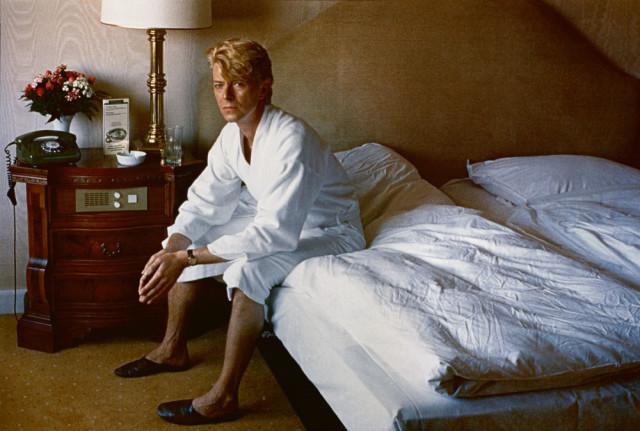 David Bowie, fotografiert von Helmut Newton.