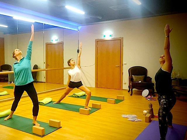 Yoga im Hotel Titanic Gendarmenmarkt