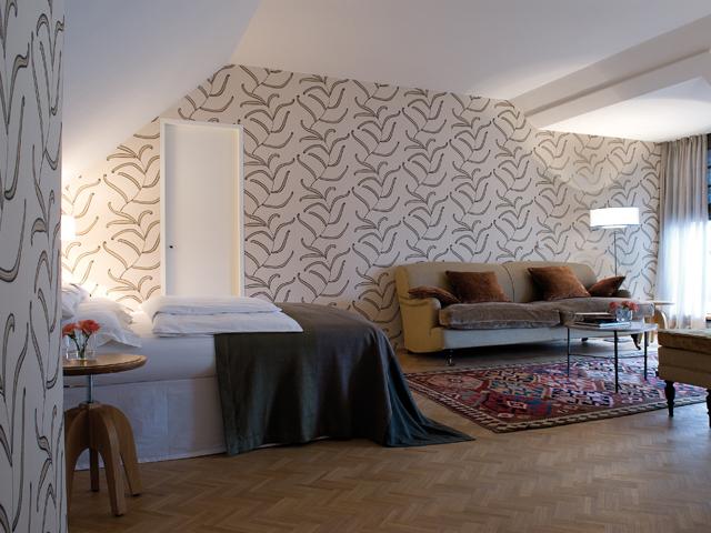m nchen louise et h l ne. Black Bedroom Furniture Sets. Home Design Ideas