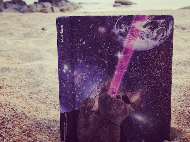 paprcuts-Lasercats