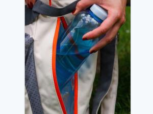 Rucksack mit Flasche