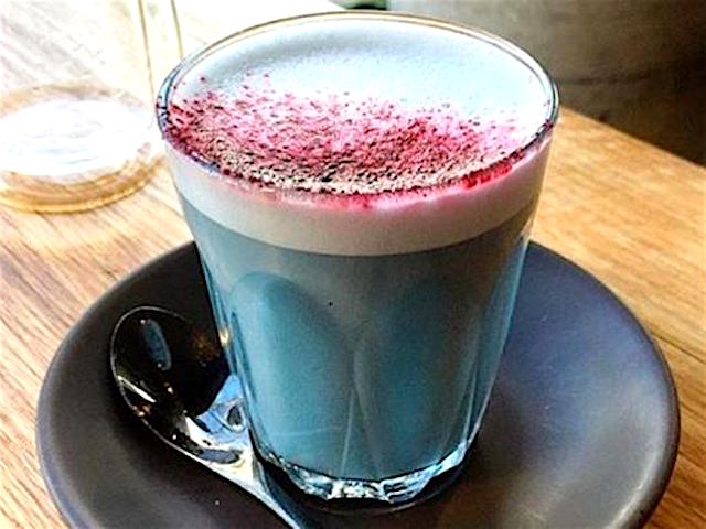 Smurf Latte Superfood Drink Neu