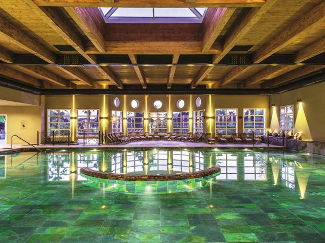 Wellness im Herbst die schönsten Wellnesshotels für einen Wochenendtrip