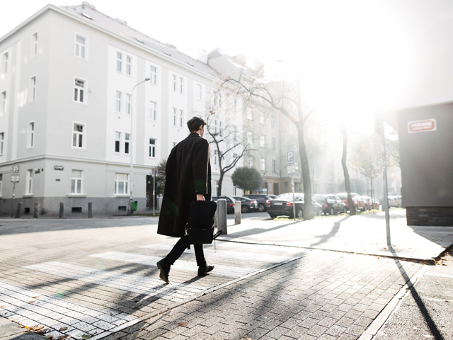 ALEXMONHART Fashion Brand Prag