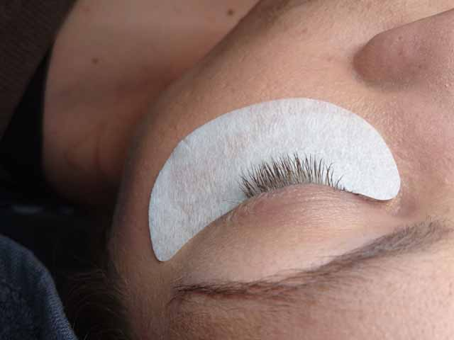Wimpernverlaengerung Luxus Lashes