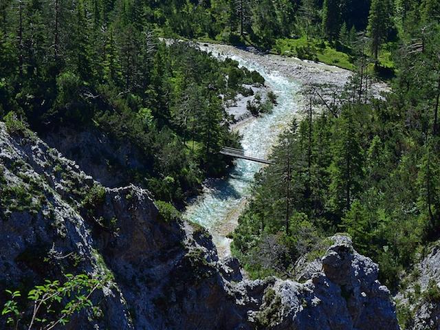 Flusslauf in Seefeld Tirol